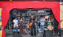Reabertura do Café Cultural com música de boa qualidade